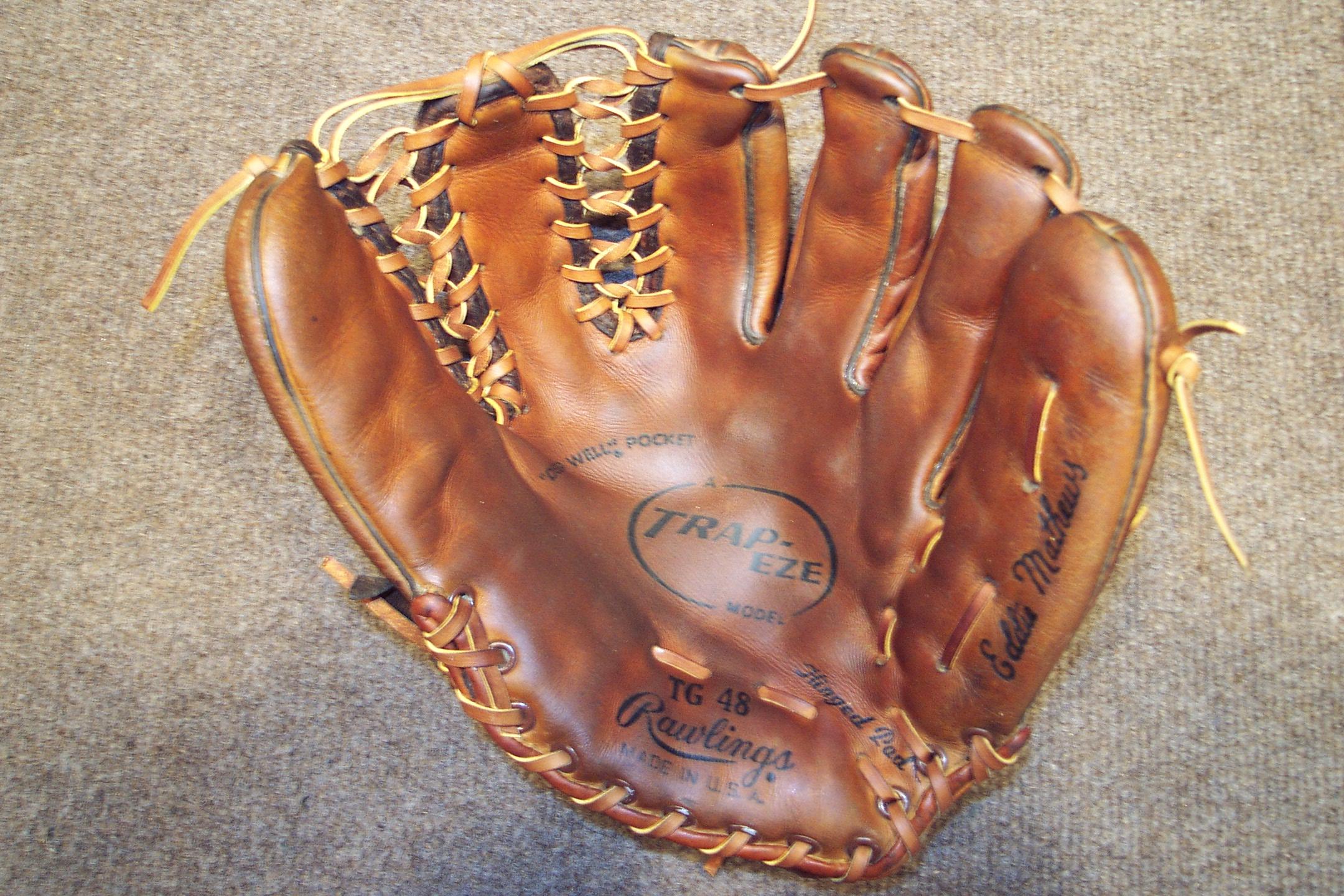 vintage baseball glove character